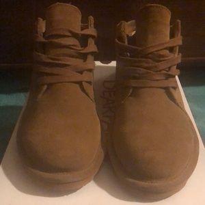 Size 8 bear paw shoes